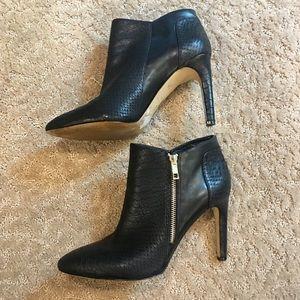 Ann Taylor Black Side ZIP Booties
